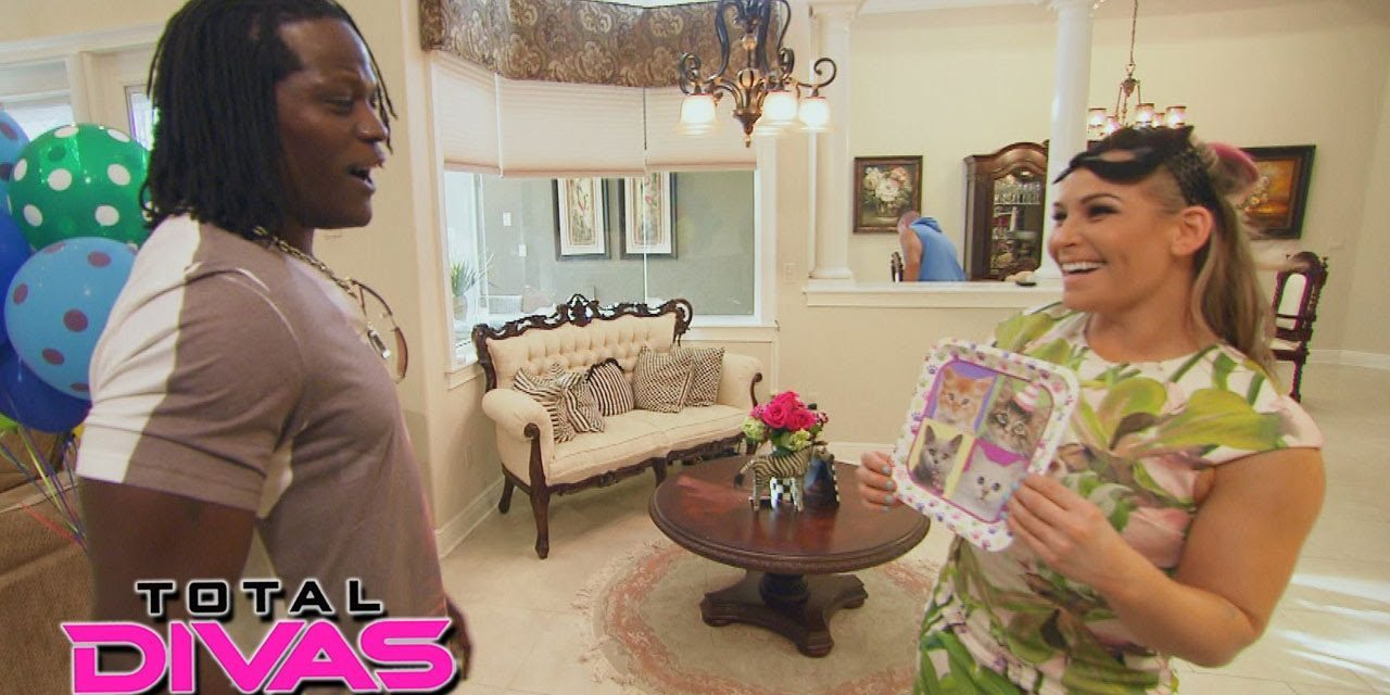 """Total Divas"" (Season Five – Episode 3 ""The Truth About Cats and Divas"") Review"
